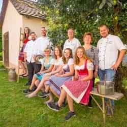 Gasthaus Laurer Team