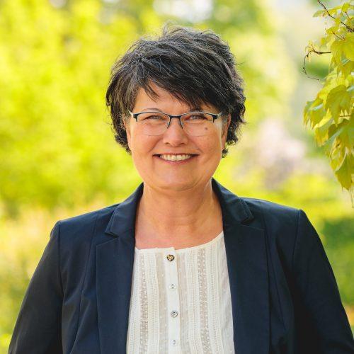 Karin Fruth